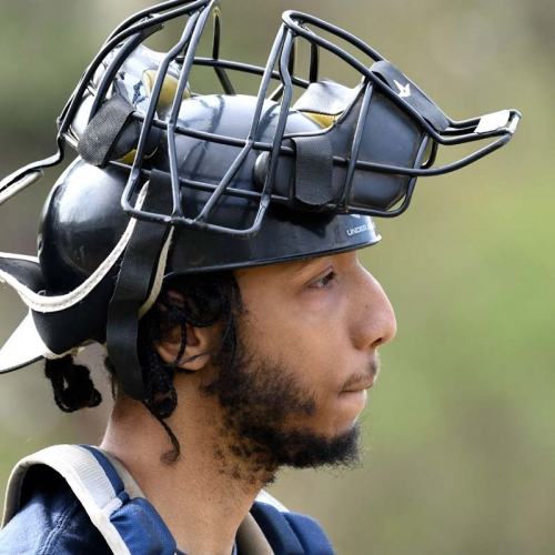 Phantoms catcher with mask up