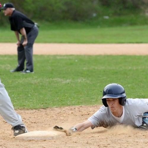 Phantoms baserunner slides back to first base head first